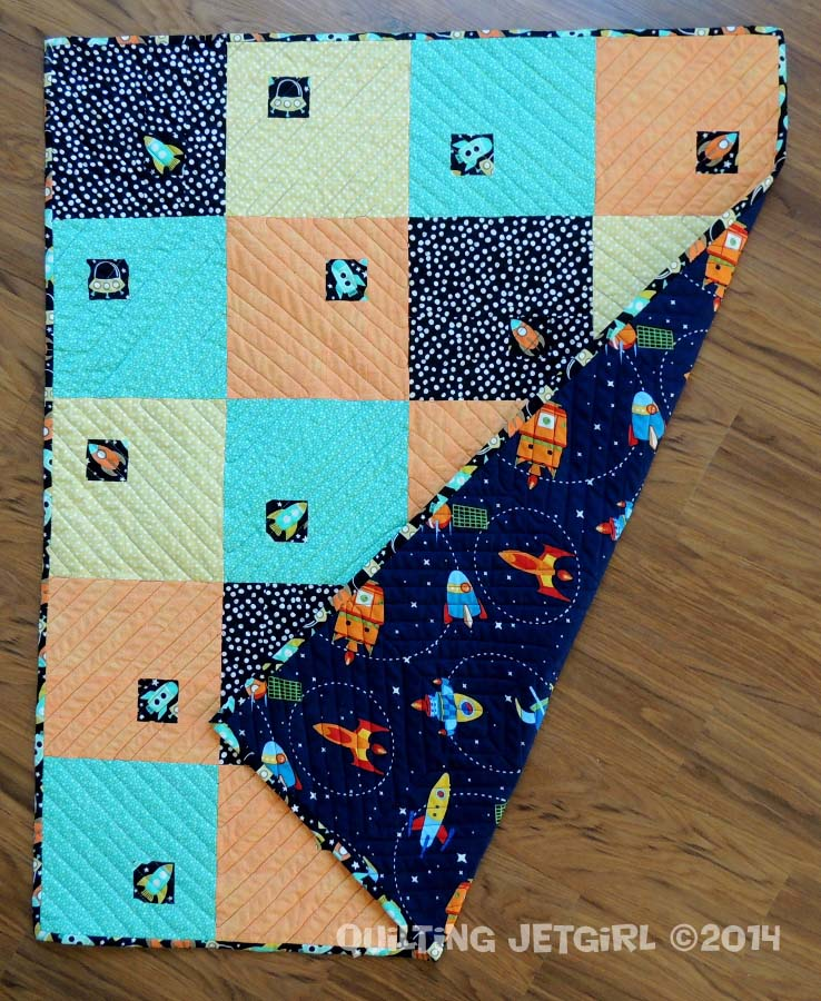 Spaceship tic tac completed quilt quilting jetgirl for Spaceship quilt